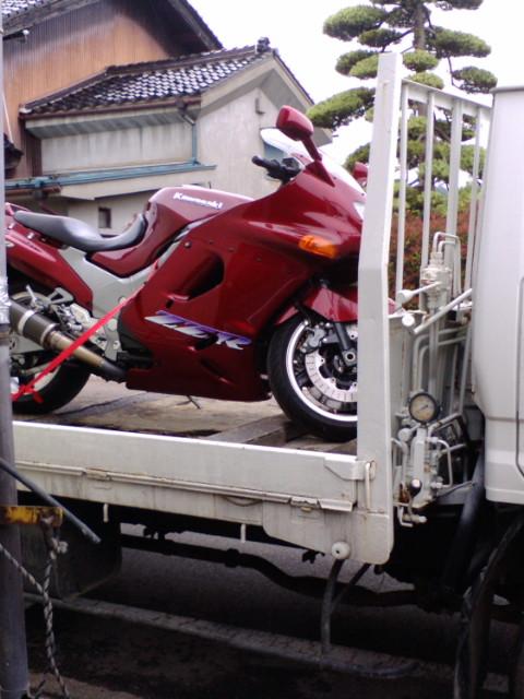 カワサキ・ZZR1100<br />  車検『エエヨ』